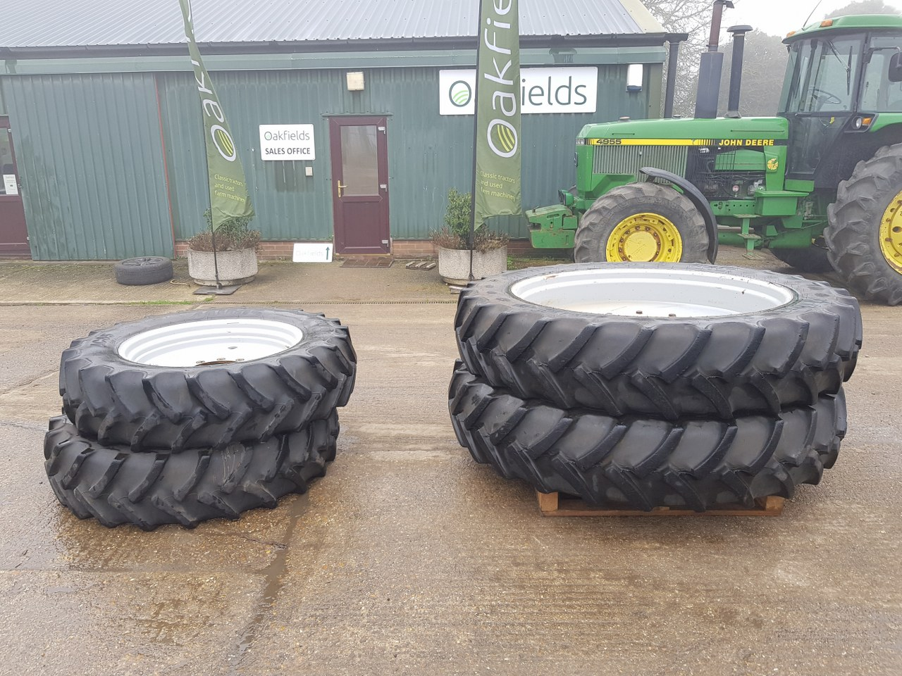 ROWCROP WHEELS TO FIT MF 6616 TRACTOR