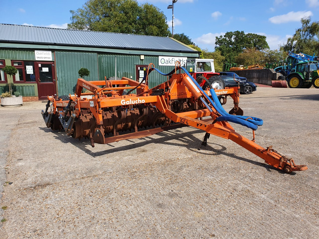 GALUCHO TILTHMASTER 3M LEVELLING CULTIVATOR