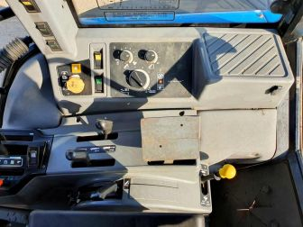 1996 NEW HOLLAND 7740 4WD TRACTOR