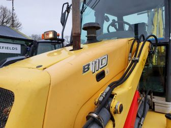 2007 NEW HOLLAND B110 4WD DIGGER LOAD