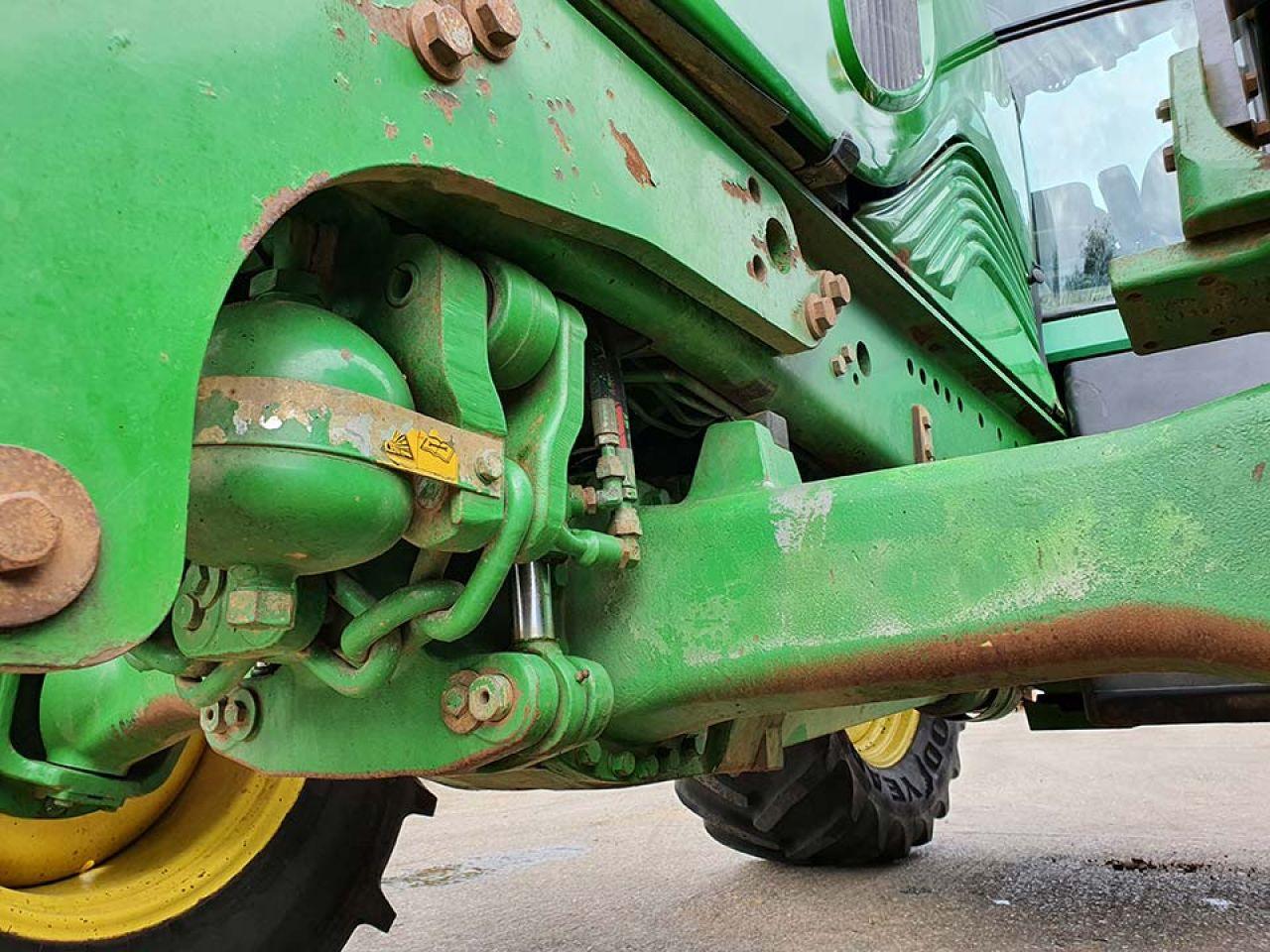 2009 JOHN DEERE 6530 STANDARD TRACTOR
