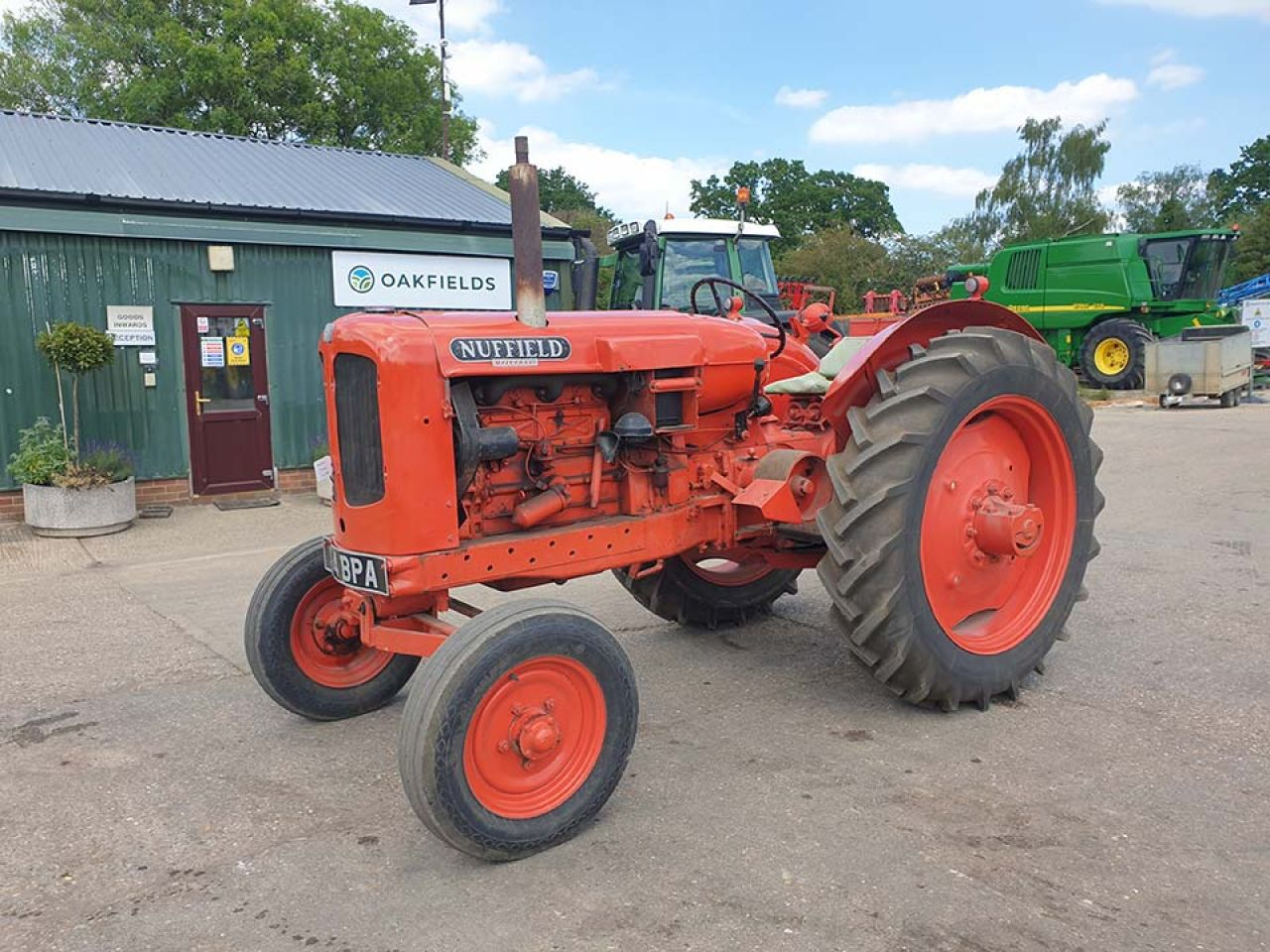 1956 NUFFIELD UNIVERSAL DM4 2WD TRACTOR